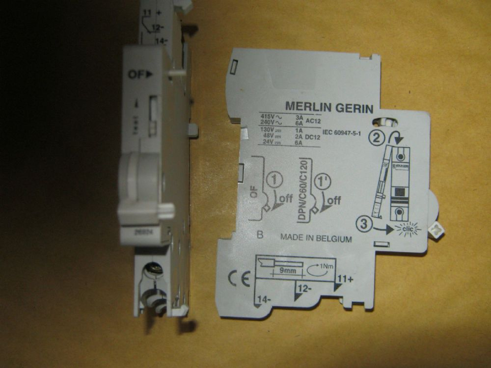 Merlin Gerin Auxiliary Contact 26924